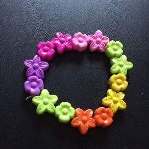 Colourful flowery bracelet